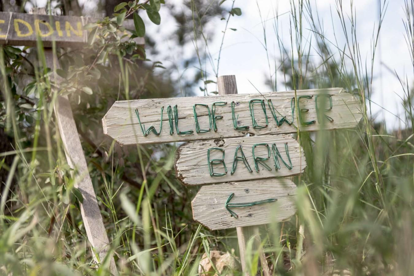 HighDot Studios - Wedding - Wildflower Barn - Austin - Kristy and Tom (1)