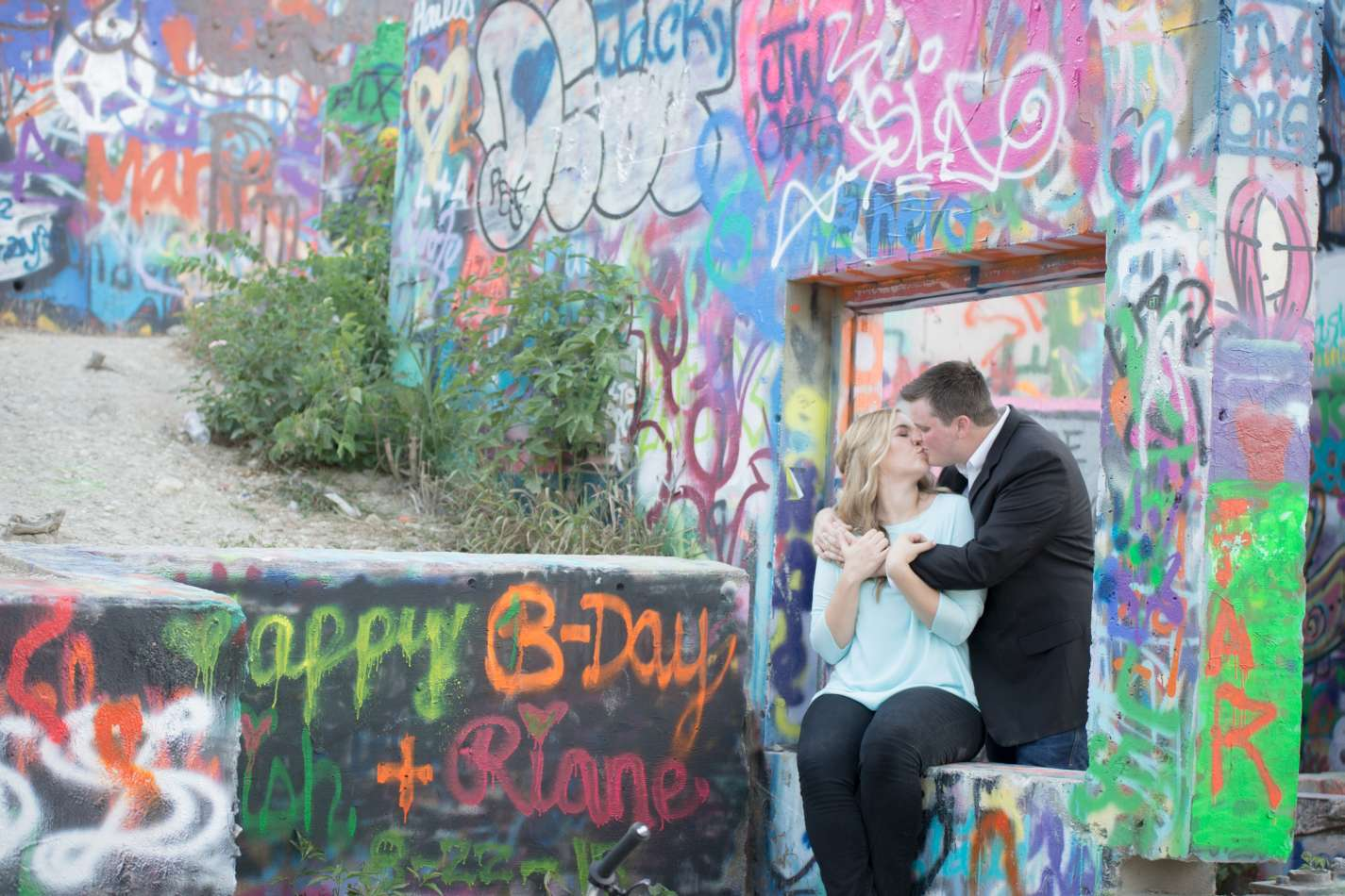 HighDot Studios - Jill and Sean - Engagement Session - Austin - Hope Outdoor Gallery - Long Center (16)