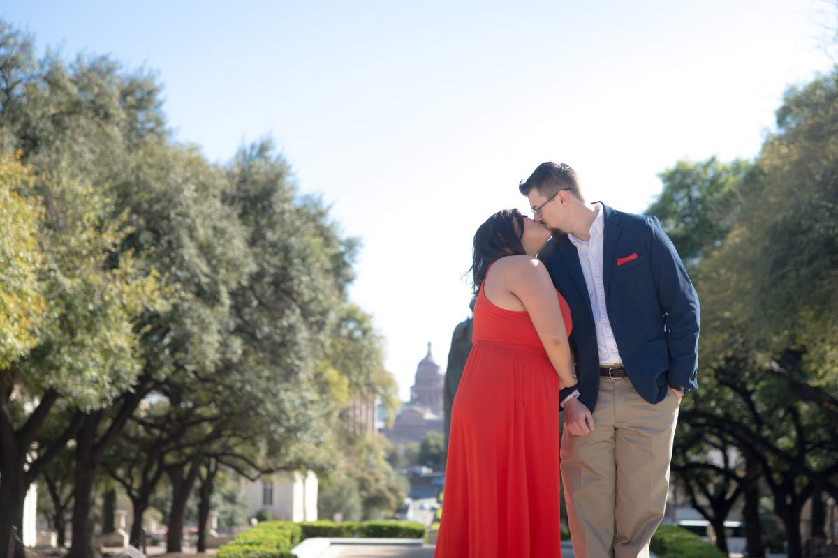 Gaby + Michael - Engagement - Austin Texas - HighDot Studios Wedding Photography (8)