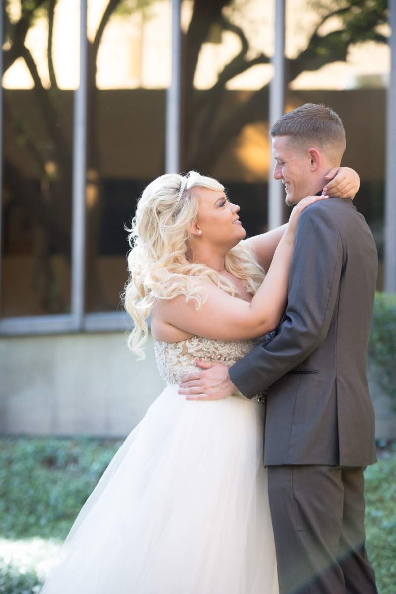 Shelly + Brandon - Wedding Photography - HighDot Studios - Dallas (28)