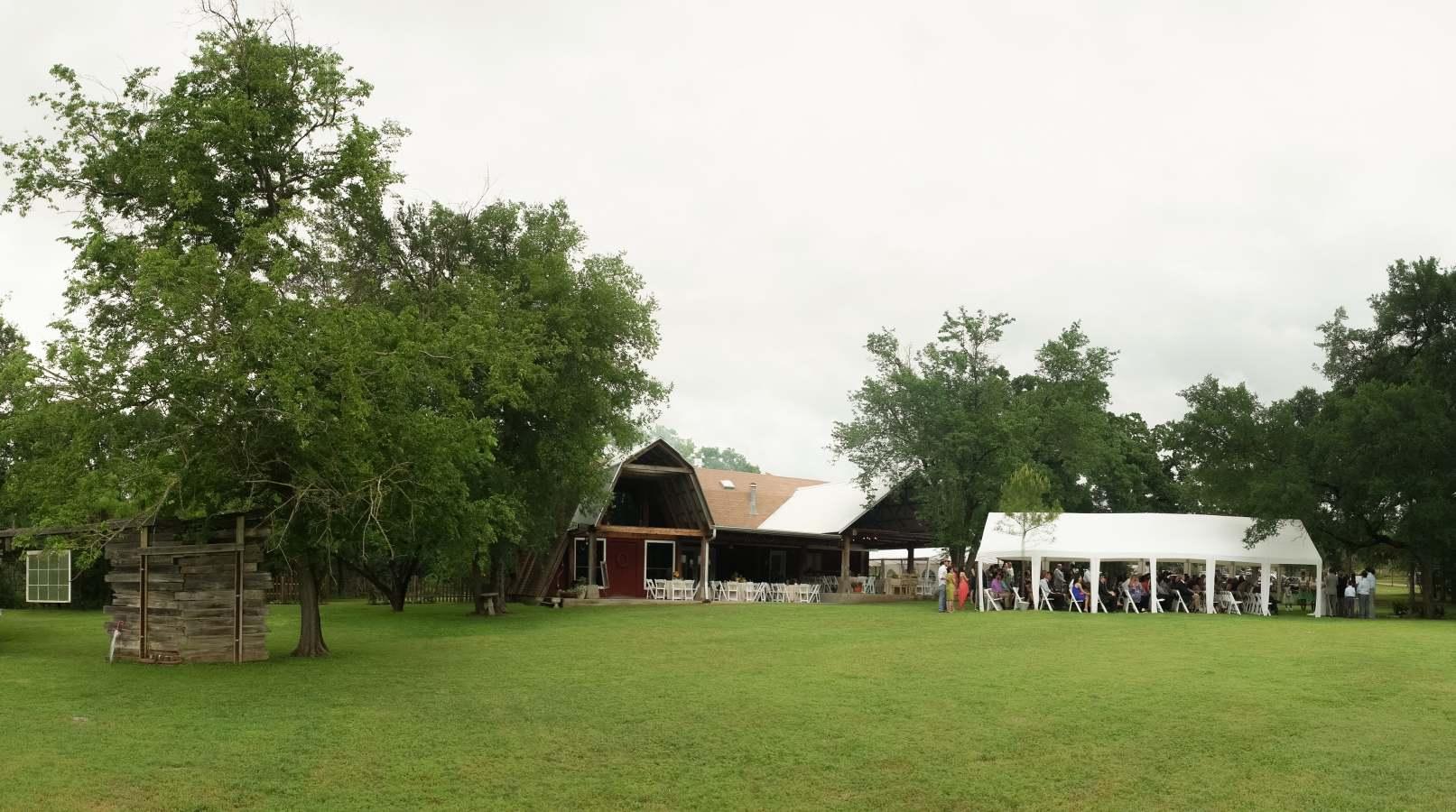 HighDot-Studios-Wedding-Cedar-Bend-Event-Center -Austin-Kim and Mike (25)