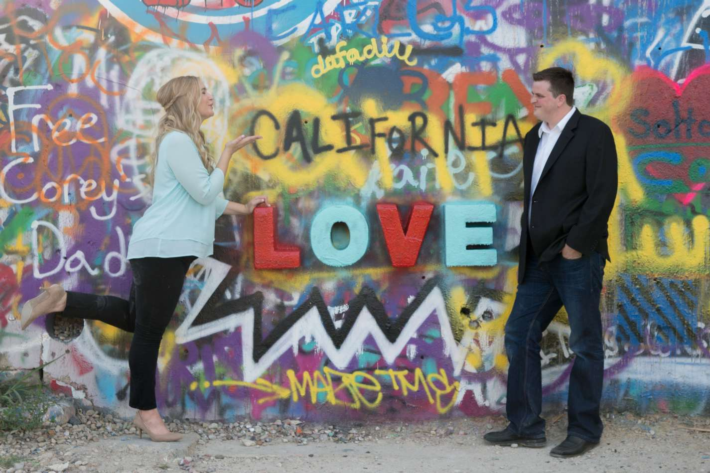 HighDot Studios - Jill and Sean - Engagement Session - Austin - Hope Outdoor Gallery - Long Center (11)