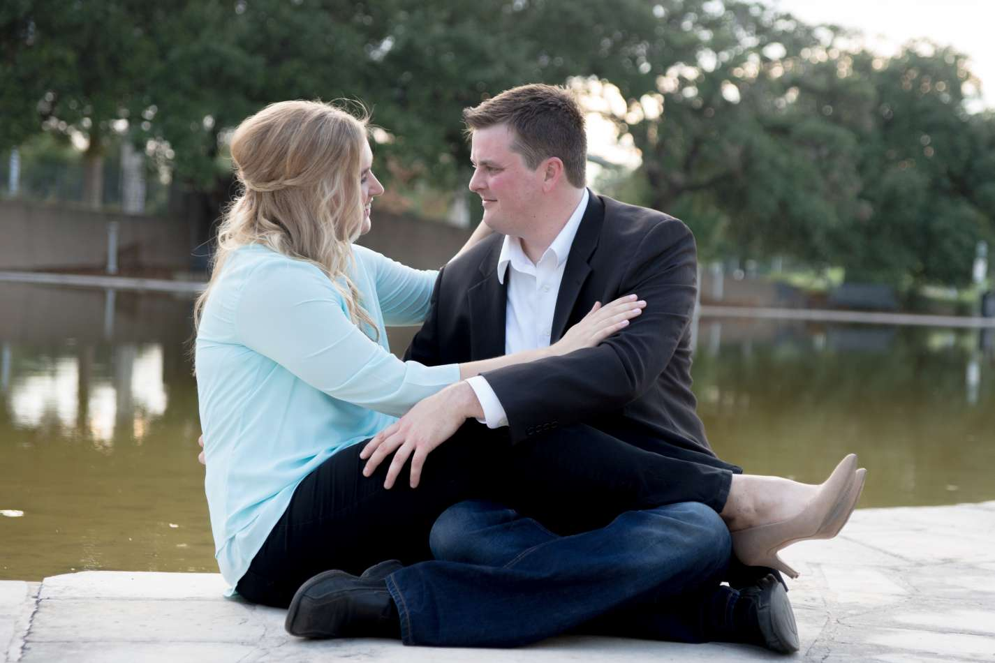 HighDot Studios - Jill and Sean - Engagement Session - Austin - Hope Outdoor Gallery - Long Center (24)
