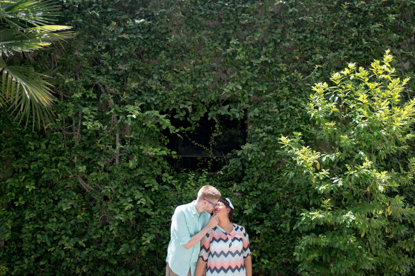 HighDot Studios - Sarah and Zach - Engagement Session - San Antonio - Riverwalk - San Antonio Zoo (21)