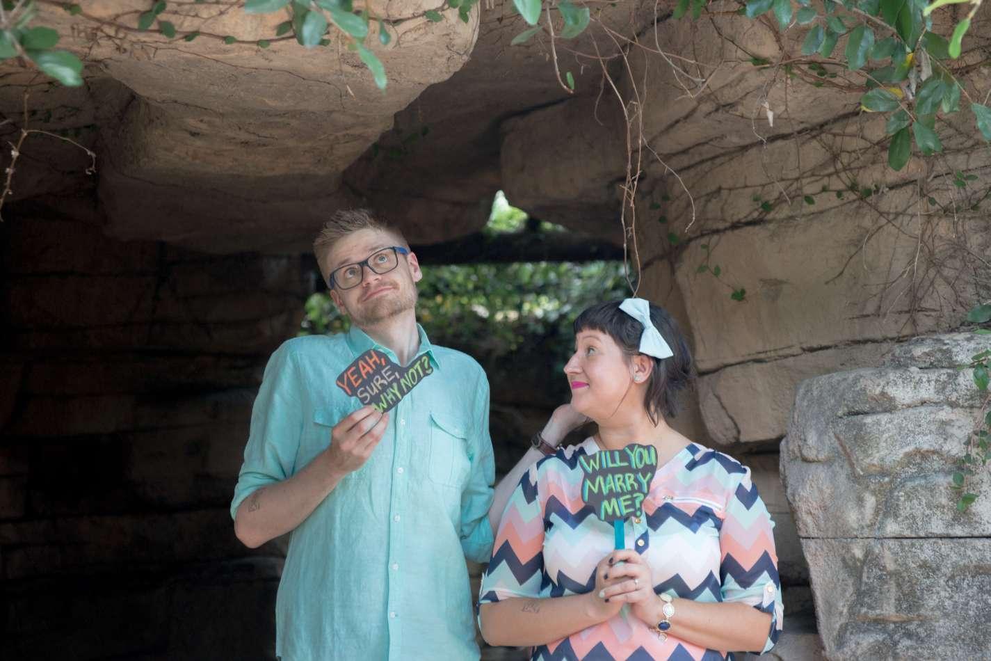 HighDot Studios - Sarah and Zach - Engagement Session - San Antonio - Riverwalk - San Antonio Zoo (24)
