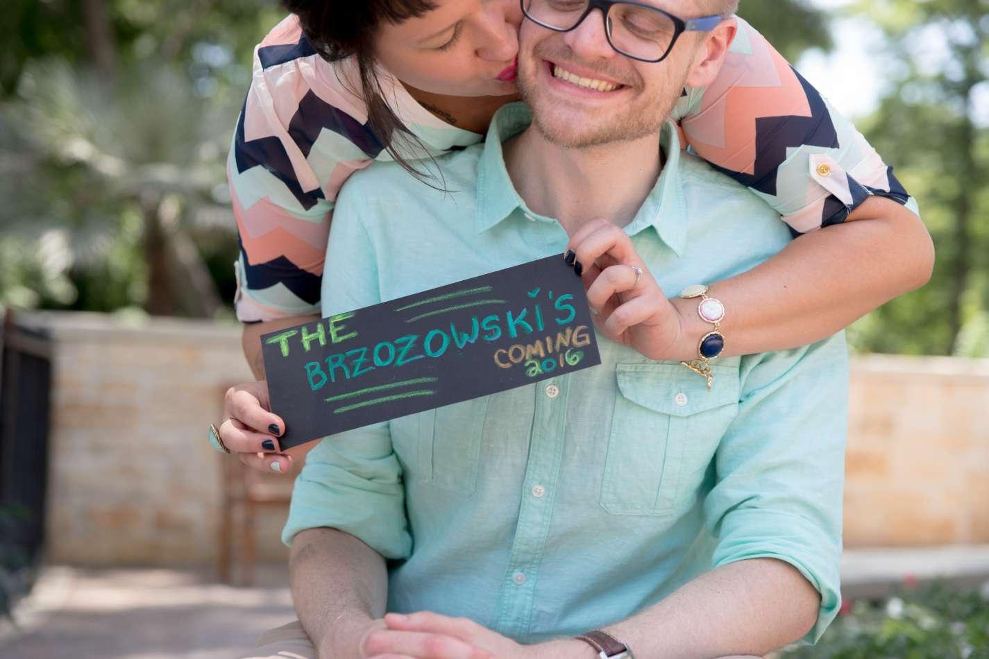 HighDot Studios - Sarah and Zach - Engagement Session - San Antonio - Riverwalk - San Antonio Zoo (30)