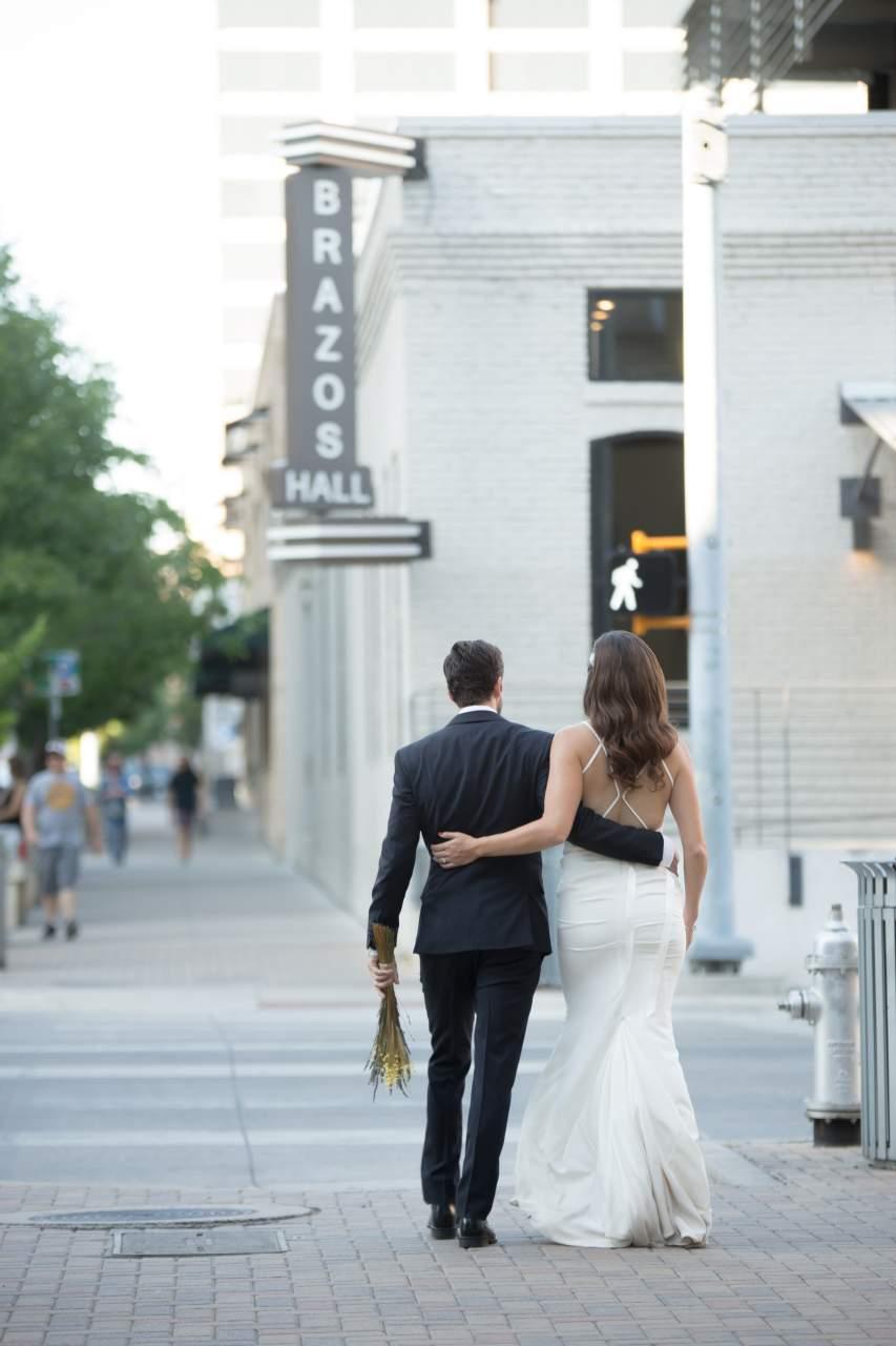 HighDot-Studios-Wedding-Brazos Hall-Austin-Lauren + Travis (17)