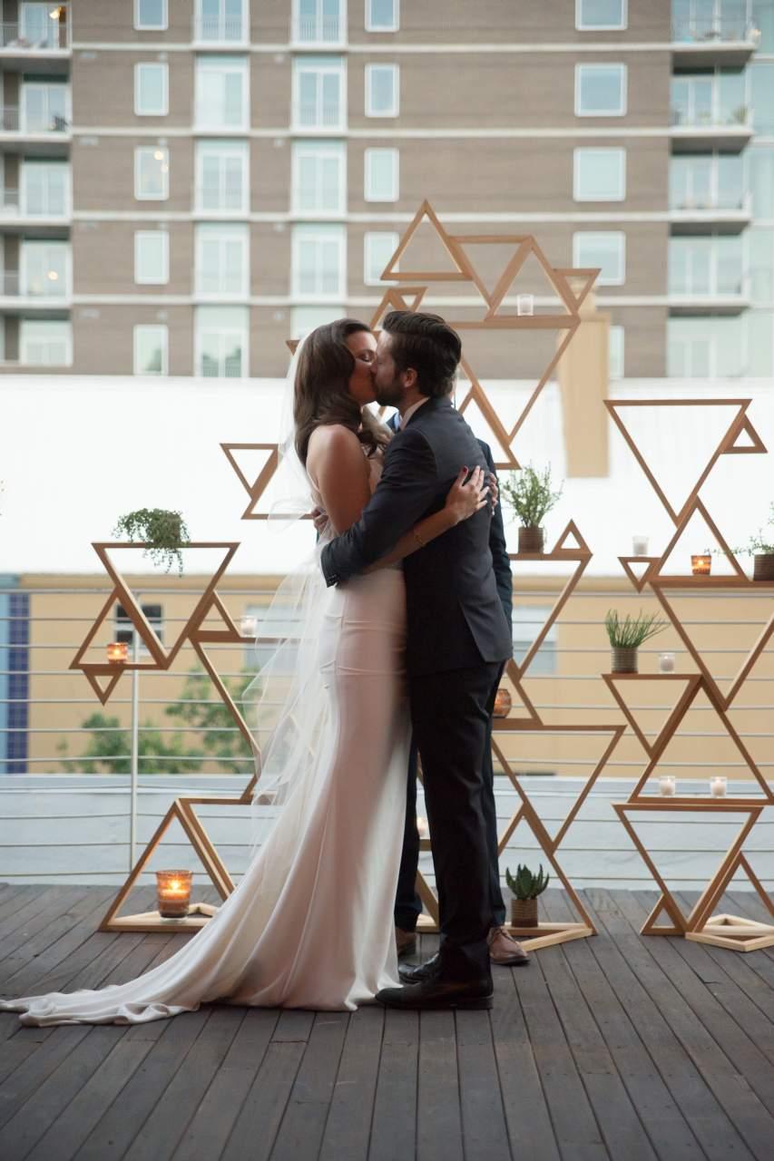 HighDot-Studios-Wedding-Brazos Hall-Austin-Lauren + Travis (46)