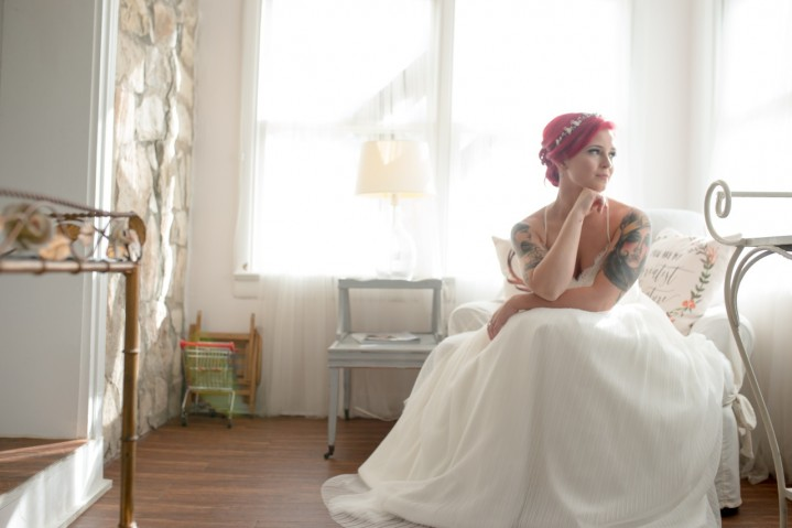 Lindsey + Brice : A Wedding at Pecan Springs Ranch