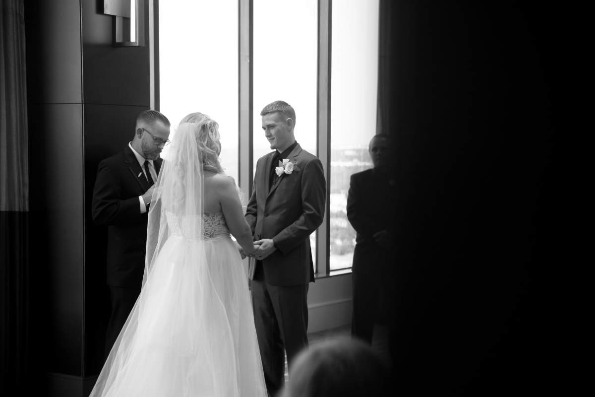 Shelly + Brandon - Wedding Photography - HighDot Studios - Dallas (38)